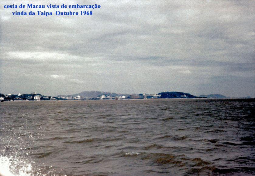 343 98-10 costa de Macau vista de embarcação vinda da Taipa