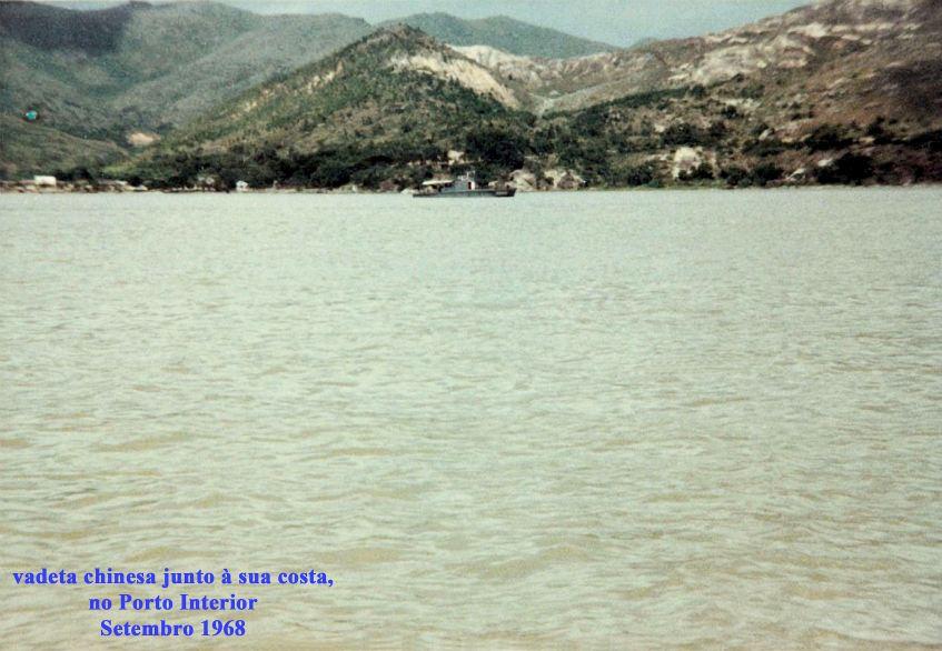 350 68-09 vedeta chinesa junto à sua costa no Porto Interior